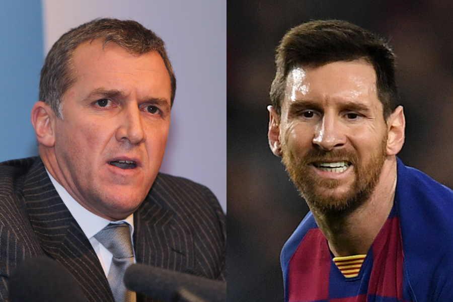 マンチェスター・シティの元CEOギャリー・クック氏(左)とバルセロナのリオネル・メッシ【写真:Getty Images】