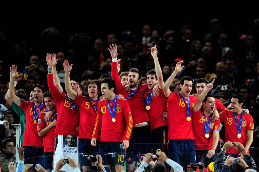 2010年W杯を制し歓喜に沸くスペイン代表の選手たち【写真:Getty Images】