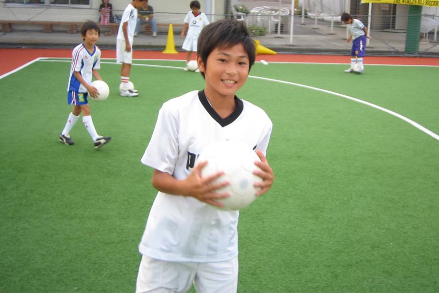 リバプールに所属し、日本代表でも活躍する南野拓実の少年時代【写真提供:クーバー・コーチング・ジャパン】