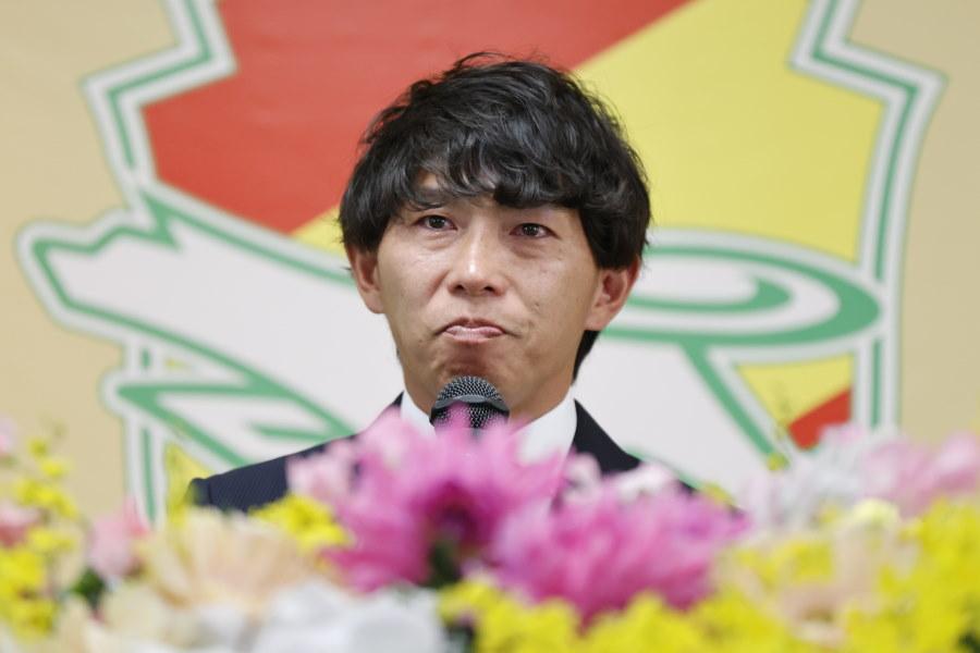 引退会見を開いた佐藤寿人氏【写真:ⒸJEFUNITED】