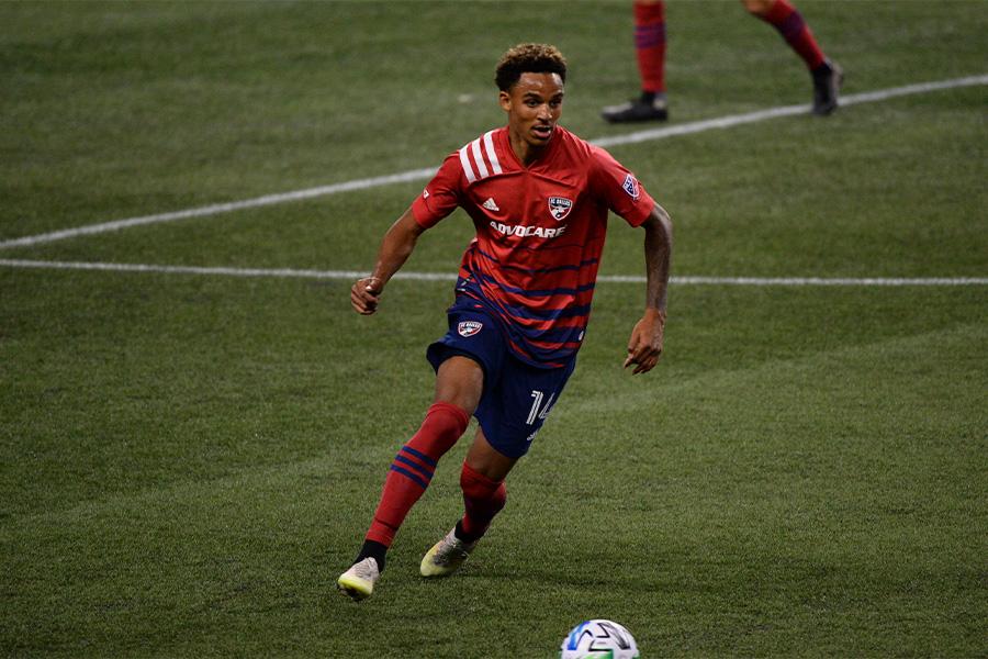MLSのFCダラスでプレーする19歳のDFブライアン・レイノルズ【写真:Getty Images】