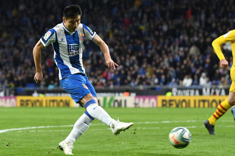 バルセロナ相手に劇的な同点ゴールを決めた中国代表FWウー・レイ【写真:Getty Images】