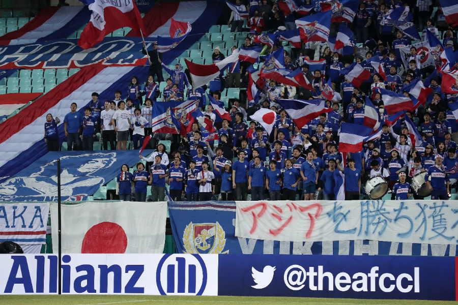 敵地・韓国まで駆け付けた横浜FMサポーター【写真:Getty Images】
