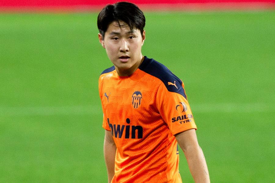 バレンシアとの契約延長の交渉が進んでいない韓国代表MFイ・ガンイン【写真:Getty Images】