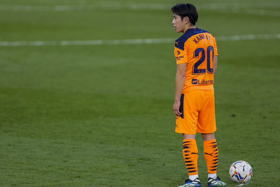 バレンシアの韓国代表MFイ・ガンイン【写真:AP】