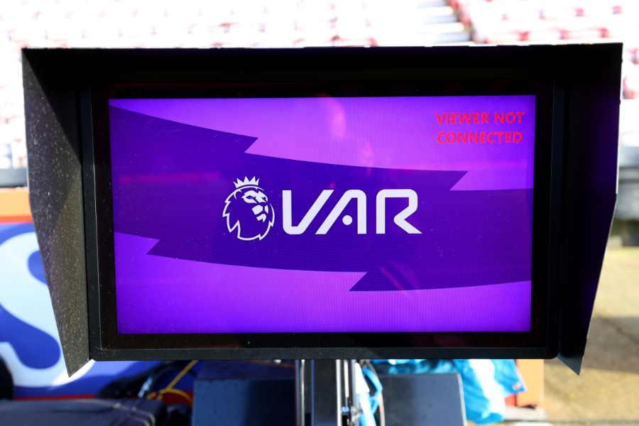 今季からプレミアリーグに導入されたVAR【写真:Getty Images】