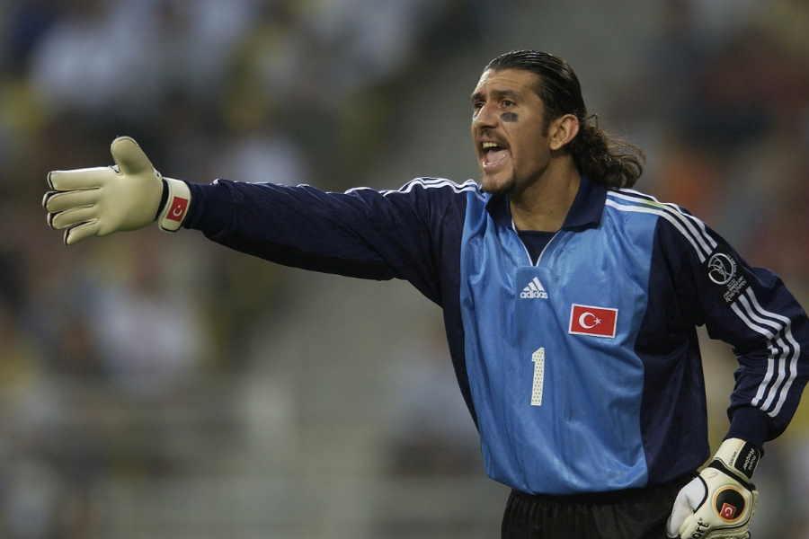 トルコ代表として日韓W杯に出場したリュシュテュ・レチベル氏【写真:Getty Images】