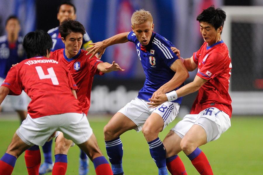 2点目のゴールを決めた本田圭佑は抜群のキープ力で日本の攻撃をコントロール【写真:Getty Images】