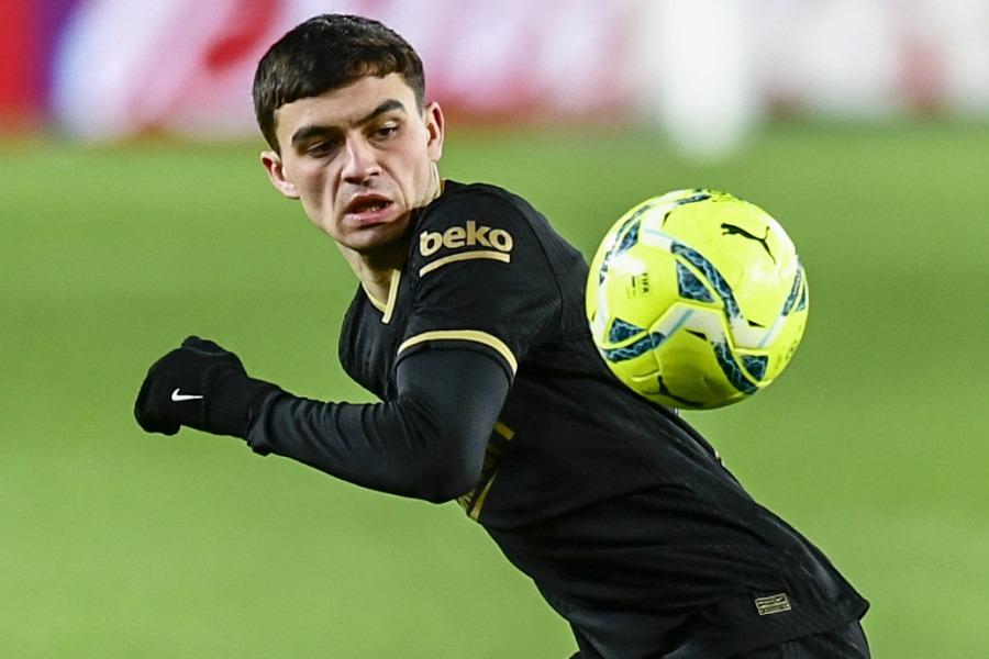 スペインのバルセロナに所属する18歳のスペイン代表MFペドリ【写真:AP】