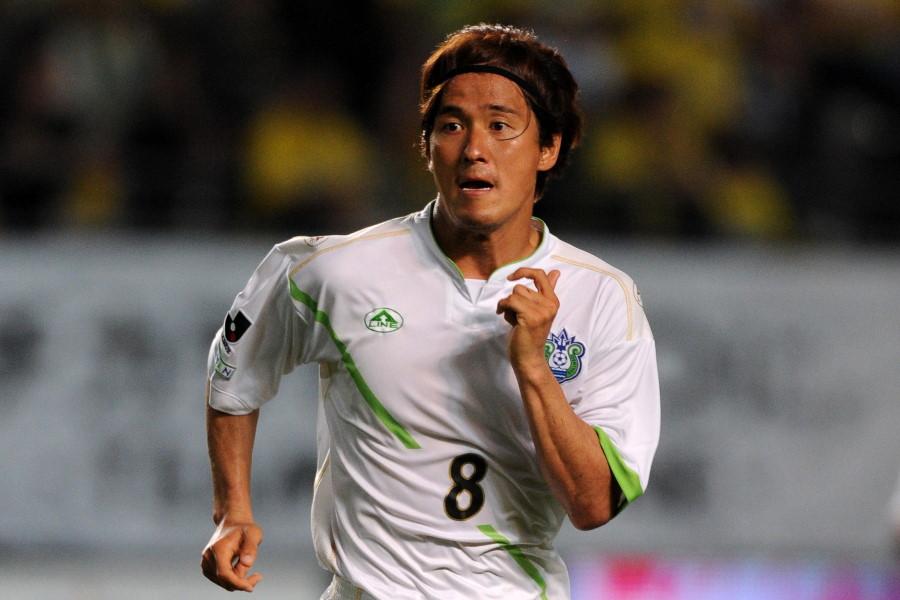 09年シーズンの湘南で13得点をマークした坂本紘司【写真:Getty Images】
