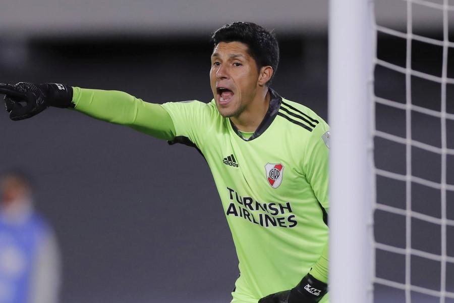 ゴールマウスを守った35歳の元アルゼンチン代表MFエンソ・ペレス【写真:AP】