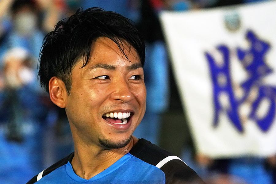 横浜FC戦でゴールを決めたFW小林悠【写真:Getty Images】