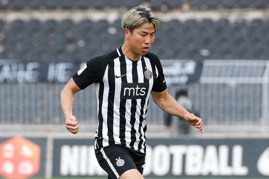 パルチザンFW浅野拓磨が1ゴール1アシストでチームの勝利に貢献【写真:Getty Images】