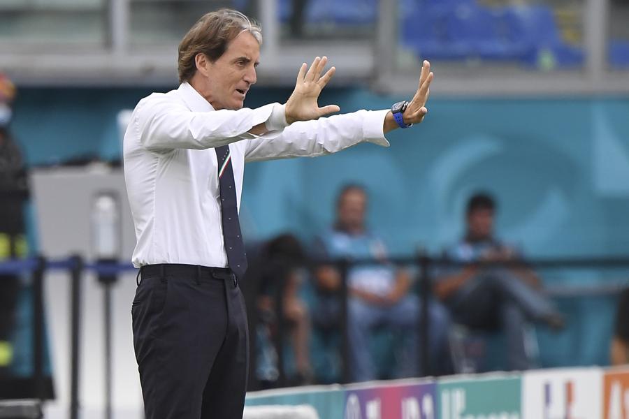 イタリア代表を率いるロベルト・マンチーニ監督【写真:AP】