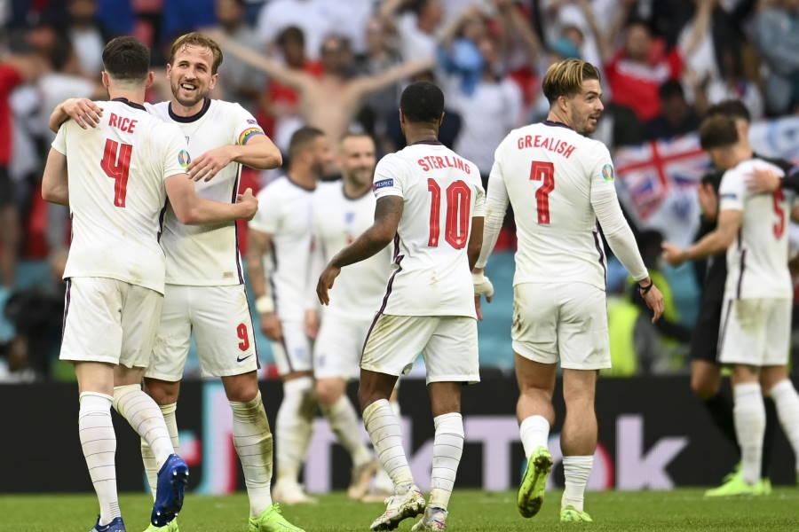 イングランドがドイツに勝利を収めて準々決勝へ【写真:AP】