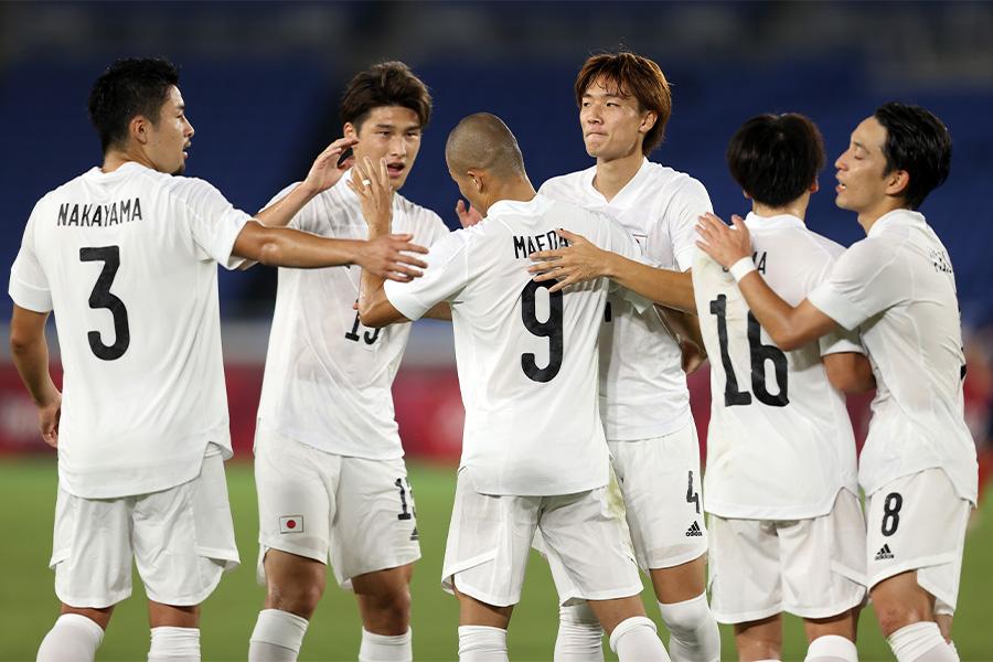 4得点の快勝でグループ首位突破を決めた日本代表【写真:Getty Images】
