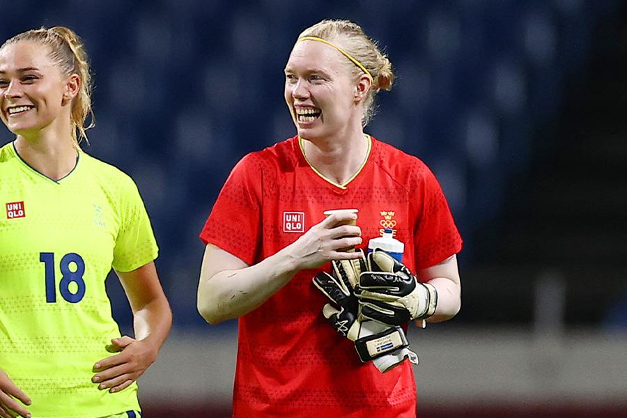 カナダ代表との決勝戦を控えるスウェーデン代表GKヘドヴィグ・リンダール【写真:Getty Images】