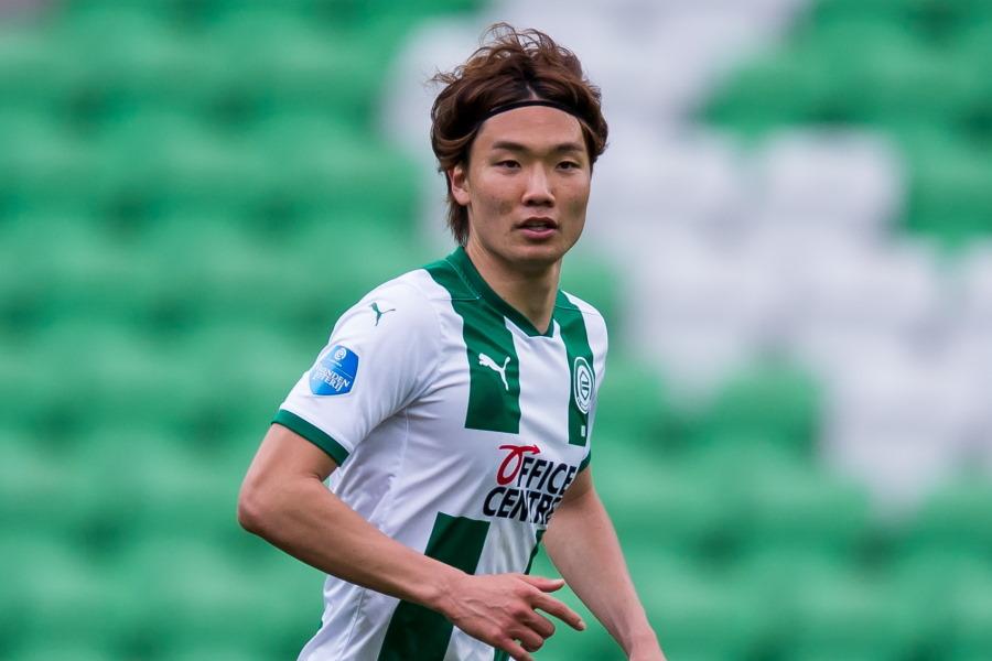 シャルケへの期限付き移籍で合意したと報じられた日本代表DF板倉滉【写真:Getty Images】