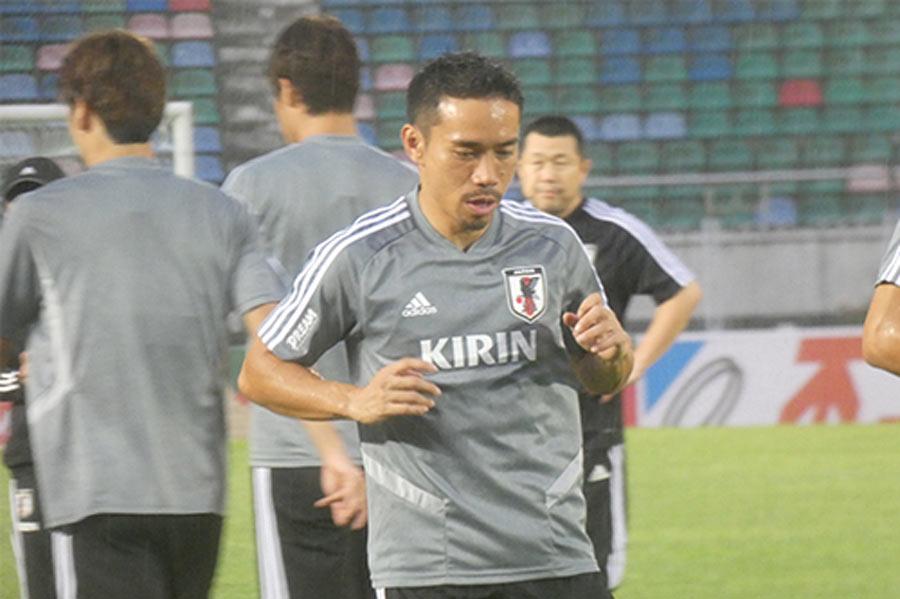 ベテランの長友佑都がチームを支える【写真:Football ZONE web】