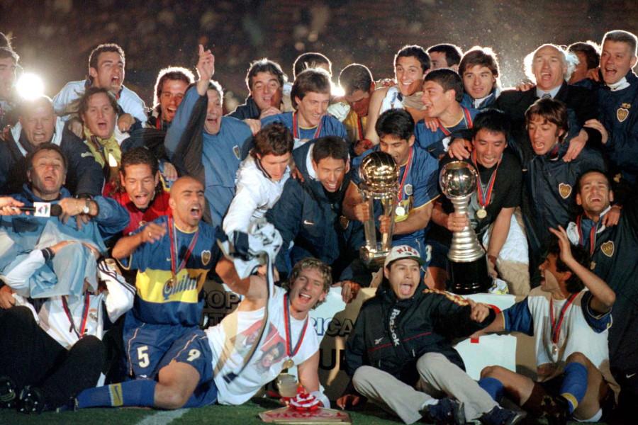 2000年のトヨタカップ(現クラブW杯)を制したボカ・ジュニオルスの面々【写真:Getty Images】