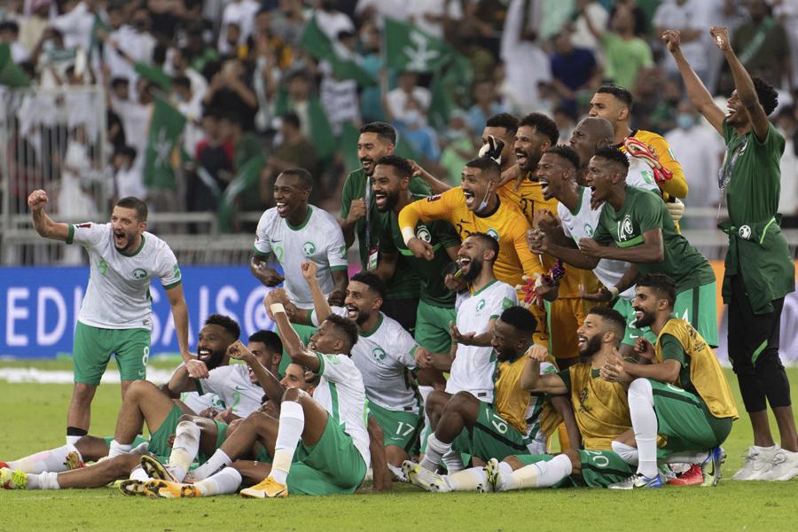 サウジアラビアは開幕4連勝でグループ首位に浮上【写真:AP】