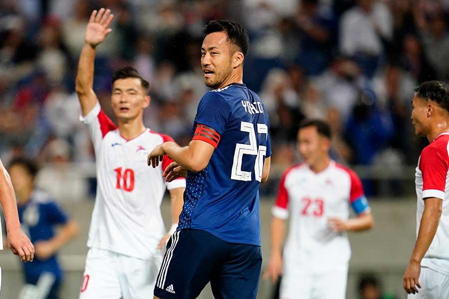 日本代表のキャプテンとしてチームを支えるDF吉田麻也【写真:Yukihito Taguchi】