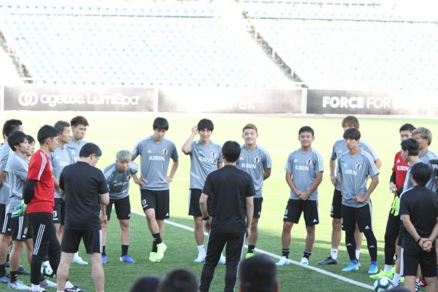 タジキスタンでの日本代表の様子【写真:Football ZONE web】