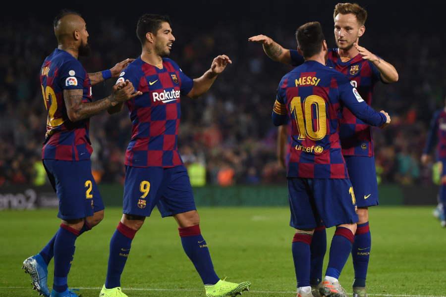 バルセロナの超攻撃的布陣【写真:Getty Images】