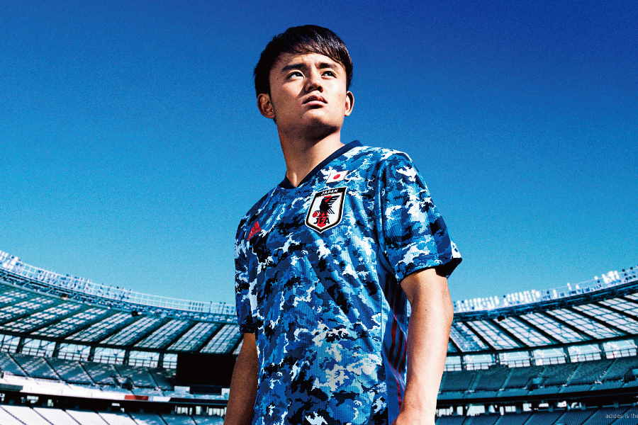日本代表の新ユニフォームが発表された【写真:サッカー日本代表2020ユニフォーム発表会見】