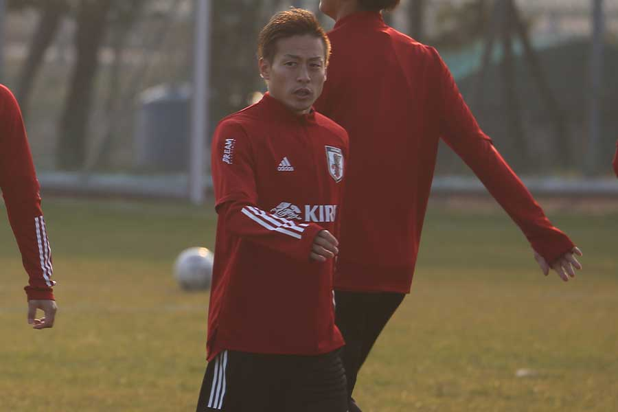 MF仲川輝人は香港戦では出場なるか【写真:Football ZONE web】