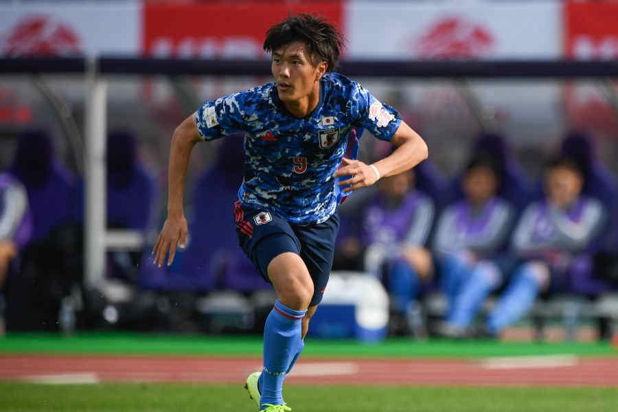 小川の2得点を含め、日本代表は前半を4-0で折り返した【写真:Getty Images】