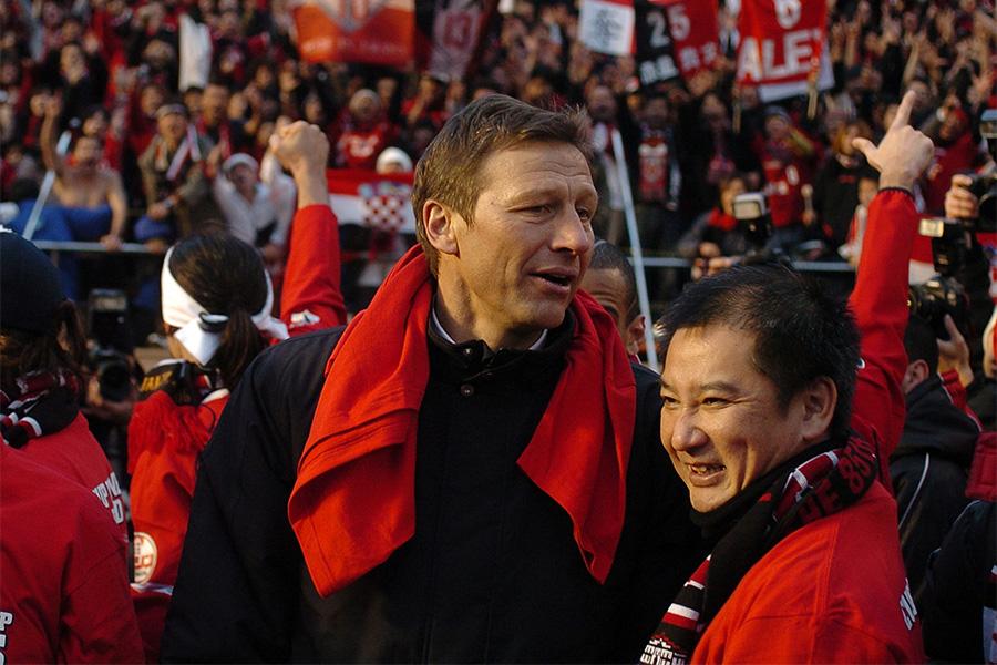 浦和レッズのタイトル獲得に貢献をしたギド・ブッフバルト氏【写真:Getty Images】
