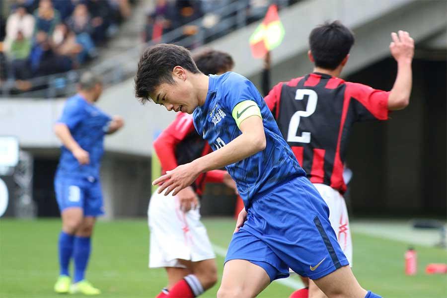 市立船橋FW鈴木唯人【写真:Football ZONE web】