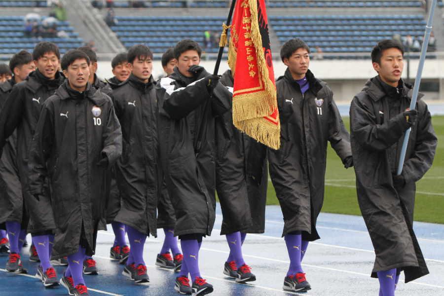 富山第一の選手たち(写真は入場行進時のものです)【写真:Football ZONE web】