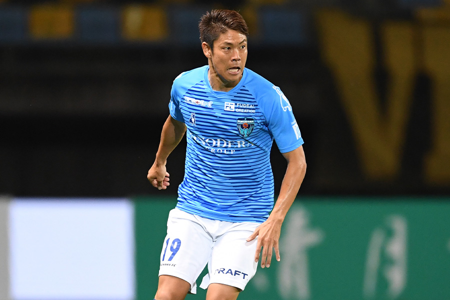 横浜FCでプレーするDF伊野波雅彦【写真:Getty Images】