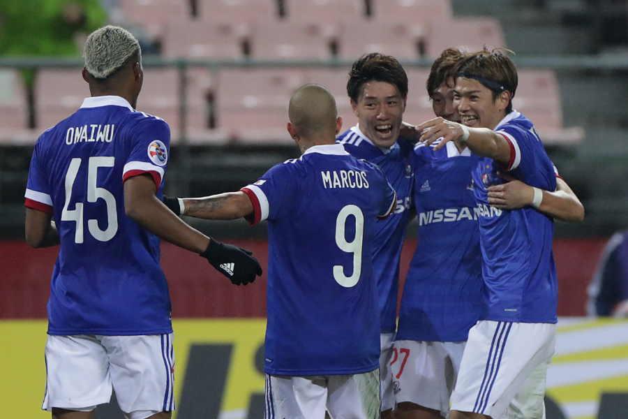 先制点を奪い喜ぶ横浜F・マリノスの選手たち【写真:Getty Images】