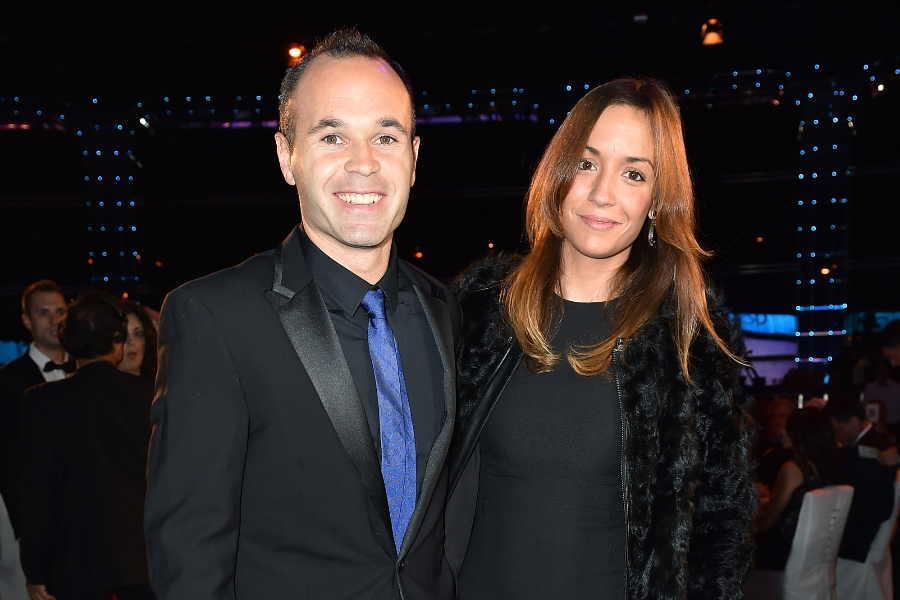 元スペイン代表MFアンドレス・イニエスタ(左)と妻のアンナさん【写真:Getty Images】