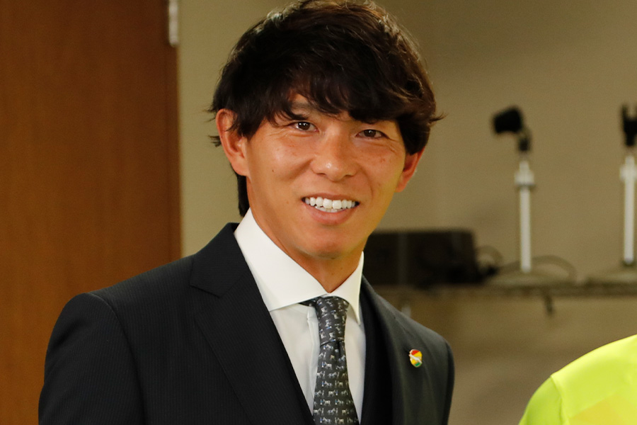 現役を引退した佐藤寿人氏が選んだ注目ストライカーとは【写真:ⒸJEFUNITED】