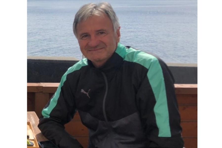 かつてJリーグの清水を率いたゼムノビッチ氏が初めて高校のサッカー部監督となった【写真:相生学院高校サッカー部】