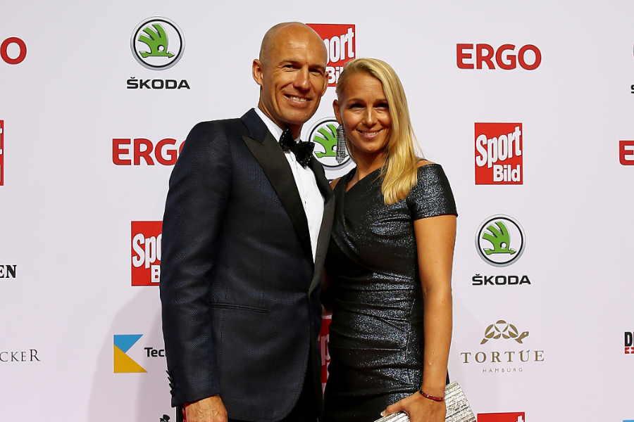 元オランダ代表FWアリエン・ロッベン氏(左)と妻のベルナディエンさん【写真:Getty Images】