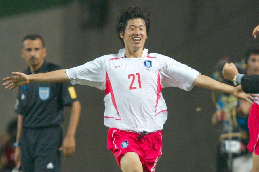日韓W杯でも活躍した元韓国代表MFパク・チソン【写真:Getty Images】