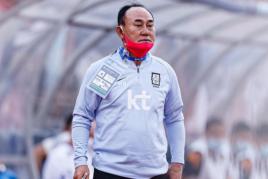 韓国代表の五輪チームを指揮するキム・ハクボム監督【写真:Getty Images】