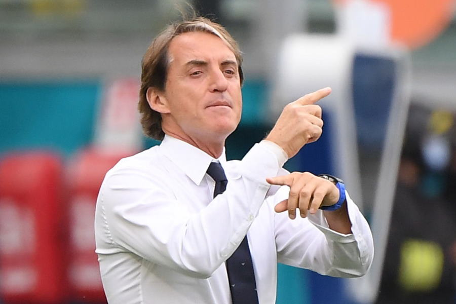 イタリア代表を率いるロベルト・マンチーニ監督【写真:ロイター】