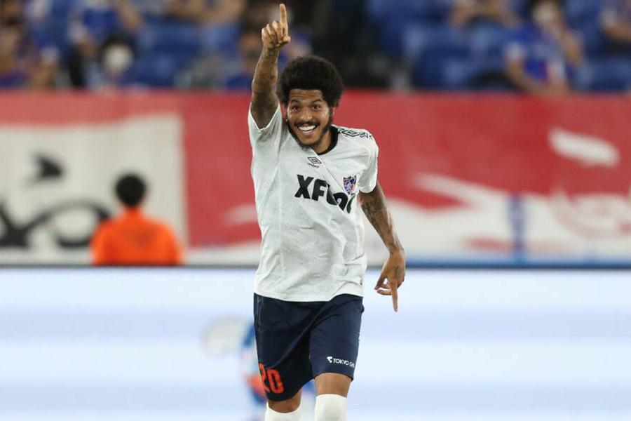 川崎戦で2ゴールを決めたFC東京FWレアンドロ【写真:高橋学】