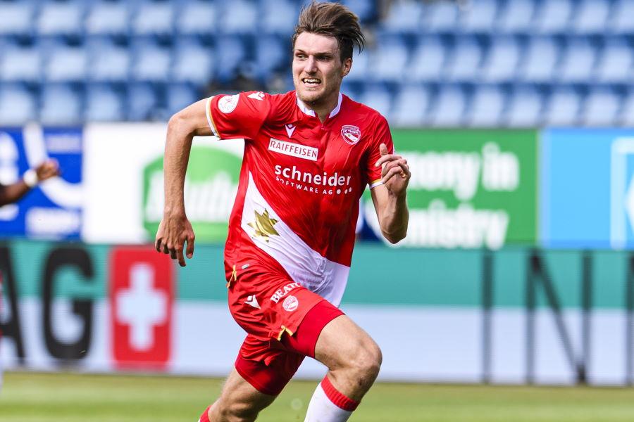 スイスでプレーするDFハーフナー・ニッキが活躍【写真:Getty Images】
