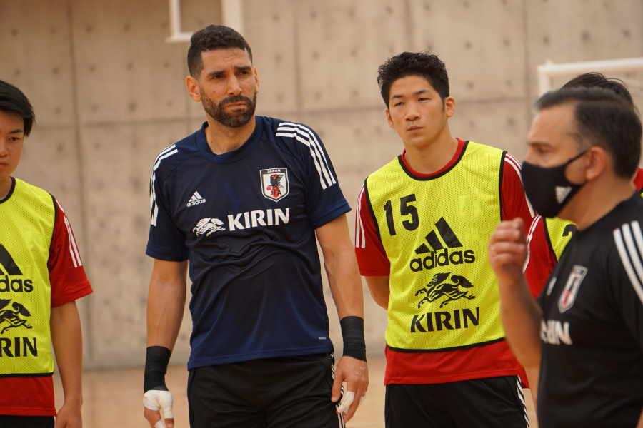 フットサル日本代表GKピレス・イゴール(一番左)【写真提供:(C)JFA/PR】