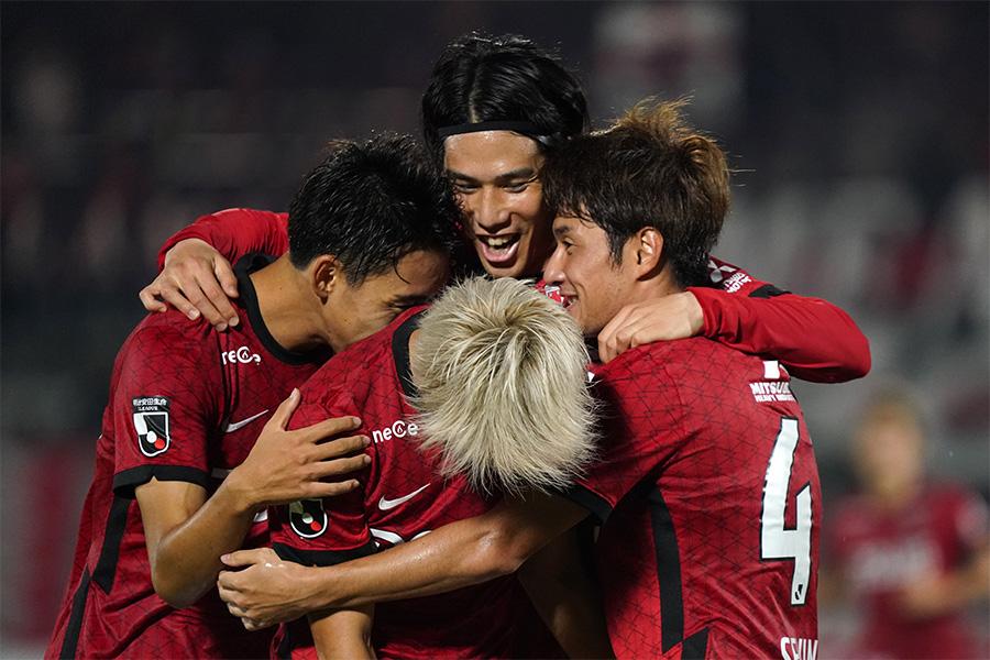 浦和レッズが川崎フロンターレ戦で新たな攻撃の一面を見せた【写真:Getty Images】