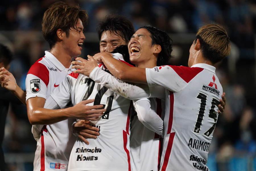 浦和は横浜FC戦に2-0で勝利【写真:Getty Images】
