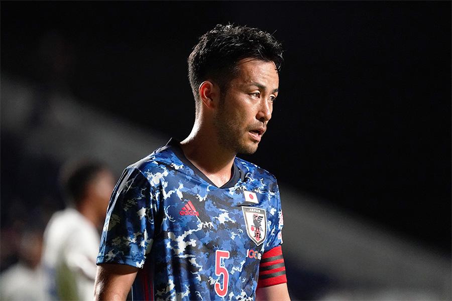 キャプテンとしてチームを支えるDF吉田麻也【写真:Getty Images】