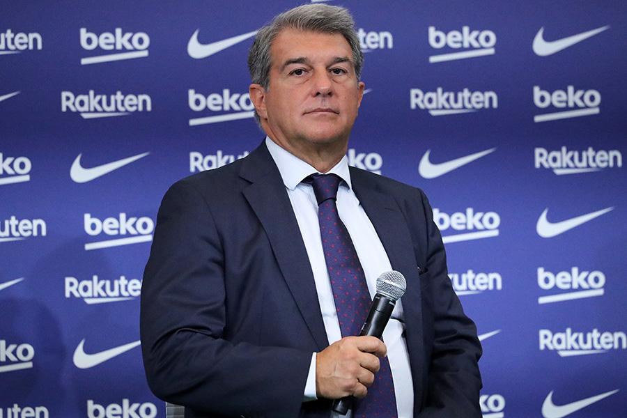 バルセロナのらポルタ会長がメッシ退団について言及【写真:Getty Images】